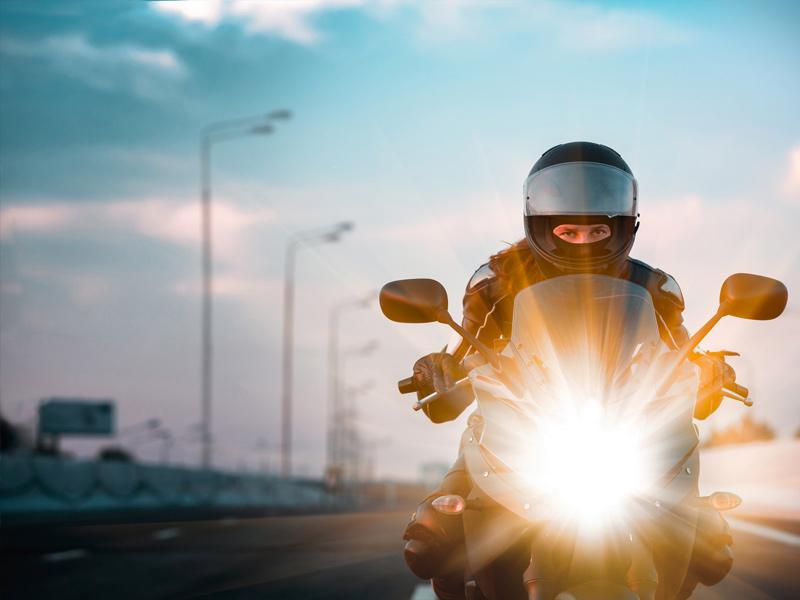 Luces obligatorias para tu moto